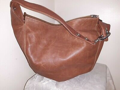 Pioneros Tan Leather Slouchy Shoulder Bag With Wide Strap • 25£
