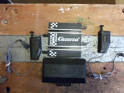 Carrera GO! Battery Powered Power Base And Two Hand Throttles. • 4£