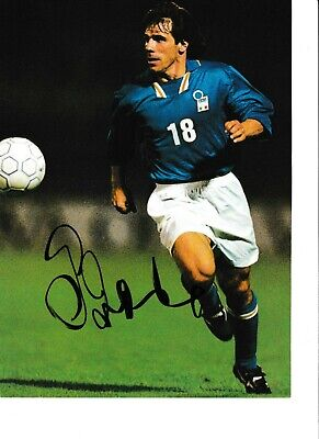 GIANFRANCO ZOLA- Chelsea & Italy  - Signed Whole Page Picture From Book • 1.75£