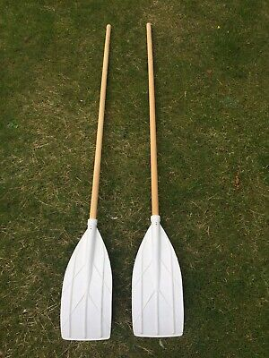 Brand New Wooden Oars Paddles • 10£