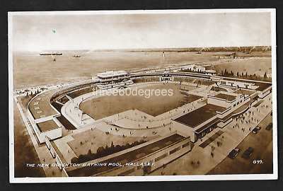 Vintage 1930s Cheshire RP Postcard: New Brighton Bathing Pool, Wallasey.  • 4.99£