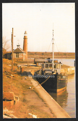 Vintage Cheshire Postcard: The Leaning Lighthouse Of Ellesmere Port. Moored Boat • 4.50£