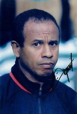 Jean Tigana - Fulham - Signed Photo - COA (9593) • 35£