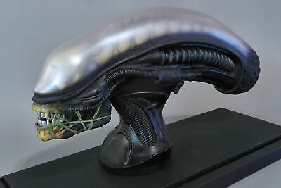 Hollywood Collector's Gallery HCG Mini Alien Bust (coolprops Sideshow H.R Giger) • 562.66£