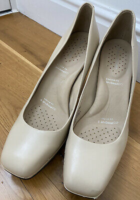 Womens Rockport Shoes, Size 7 • 1.20£