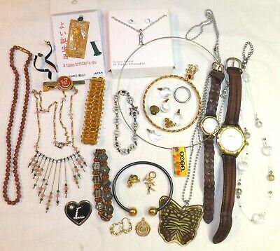 $ CDN6.58 • Buy Vintage Variety Lot Of 29 Pieces Of Mixed Jewelry Necklace Bracelet Pins, Etc