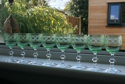 8 Antique Engraved Green Uranium Small Crystal Wine Glasses, Late Victorian 1900 • 64£