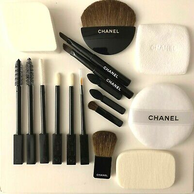 CHANEL Face Makeup Brushes SET X 17 Items VIP GIFT SET • 24.90£