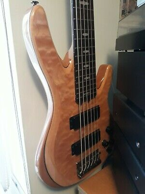 Yamaha TRB1006J 6 Strings Bass Guitar In Mint Condition ! Never Been Gigged ! • 750£