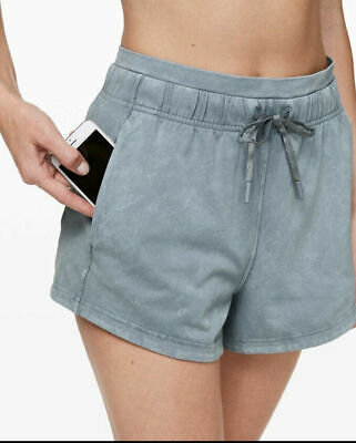 $ CDN106.34 • Buy NWT Lululemon 8 Inner Glow Shorts Washed Chambray SOFT
