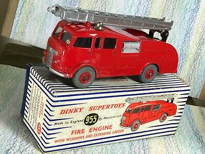 Dinky Toys #955 Commer Fire Engine NMinNMBox  • 95£
