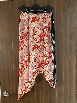 £10 • Buy Red Floral Topshop Skirt With Black & White Polka Dot Waistband - Size 6