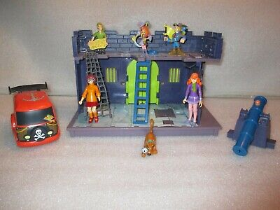 £29.08 • Buy LOT Scooby Doo Pirate Fort Mansion Haunted Mystery Machine Van Figures Playset