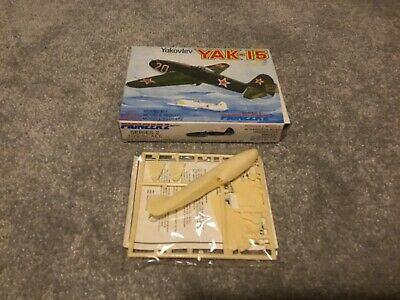 Pioneer 2 Yakovlev Yak-15 - 1/72 Scale Model - SEALED • 3£