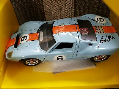 Le Mans Winner Ford Gt40 1:18 Hand Signed • 150£