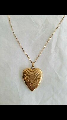 9ct Gold Chain And Locket Necklace • 125£