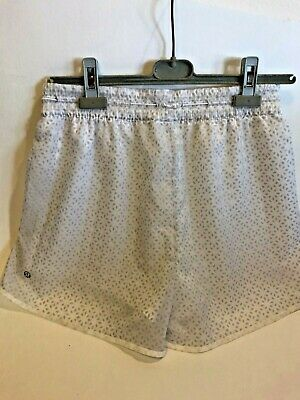 $ CDN48.74 • Buy Lululemon Hotty Hot Shorts Prism Dash Alpine White Sheer Lace Lining Size 6 Wow