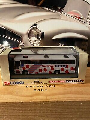 Corgi  Plaxton Premiere National Express Remembrance Day Special • 10.50£