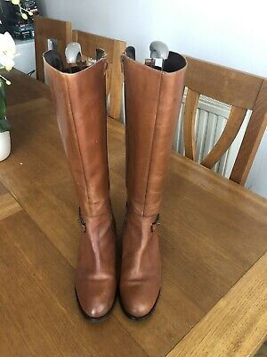 Knee High Tan Leather Boots Size 6 • 7.40£