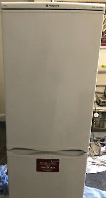 Hotpoint Iced Diamond Fridge Freezer - Model RFA52 • 20£