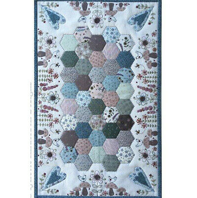 Lynette Anderson Forest Floor Embroidery / Patchwork Kit. Fabrics & Pattern • 34.95£