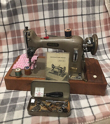 Pfaff Sewing Machine. Vintage Pfaff 30 Sewing Machine Heavy Duty. • 145£