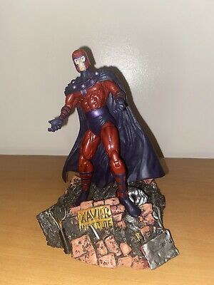 Marvel Select Magneto 7  Action Figure  • 18£