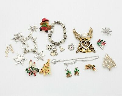 $ CDN1.25 • Buy Lot Of 17 Vintage Holiday Christmas Jewelry Pendants Pins Earrings & Other 10423