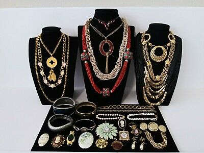 $ CDN25.94 • Buy Huge Vintage To Now Jewelry Lot Estate Find  All Wearable Pieces - SOME SIGNED