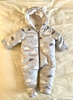 Baby Boys Age 0-3 Months Lined Snowsuit / Pramsuit • 3.50£