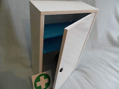 Wall Mounted Metal First Aid St John Medicine Cabinet Lockable - Empty SECONDS • 24.99£