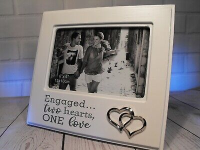 ENGAGEMENT GIFT PRESENT White PHOTO FRAME 6 By 4  HEARTS ENGAGED COUPLE GIFT NEW • 10.95£