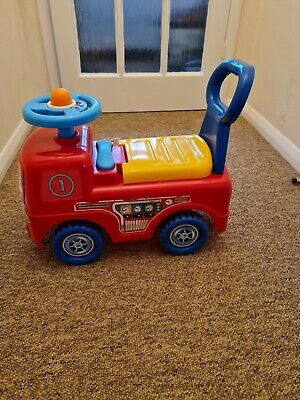 Fire Engine Truck Ride-on With Small Storage Push Along Toy For Toddlers  • 5£