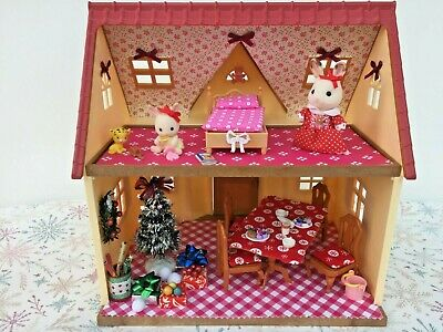 Sylvanian Families Decorated Red House Bundle + Christmas Scene & More No.57 • 24.99£