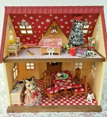 Sylvanian Families Decorated Red House Bundle + Christmas Scene & More No.91 • 24.99£