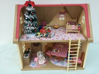Sylvanian Families Decorated Red House Bundle + Christmas Scene & More No.46 • 24.99£