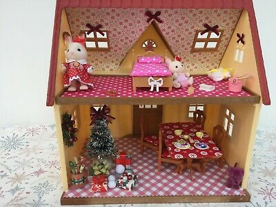 Sylvanian Families Decorated Red House Bundle + Christmas Scene & More No.54 • 24.99£