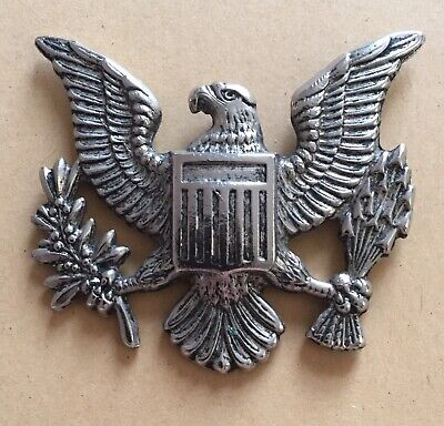 Eagle Metal Badge - No Pin On Back. • 0.99£