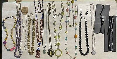 $ CDN24.98 • Buy Lot Of 13 Vintage To Modern Necklaces..lia Sophia, Stone, Kim Rogers, Ami, Shell