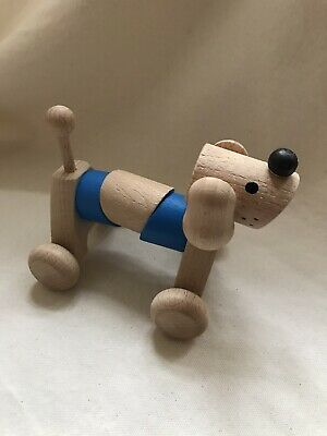Beautiful Wooden Moveable Dog On Wheels • 5£