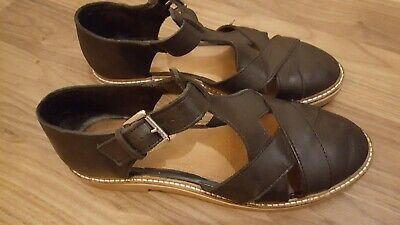 Urban Outfitters Black Leather Sandals.  T Bar Mary Jane Style. Size 7 • 10£