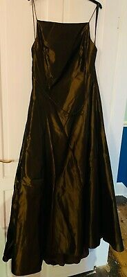 Beautiful Ball Gown / Prom Dress Size 18. Two Tone Satin With Tule Skirt. • 10£