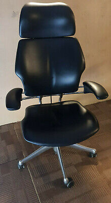Humanscale Freedom Chair With Headrest In Black Leather • 449£