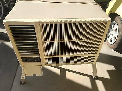 AU90.50 • Buy Kelvinator Air Conditioner Window/Wall Mounted Good Working Condition