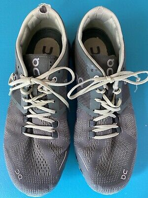 $ CDN19.03 • Buy Womens On Cloud Running Shoes Size 7