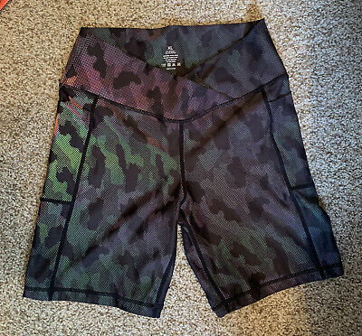 "$ CDN62.03 • Buy Lululemon Align Shorts 8"" Inseam XL Color CHANGES WITH ANGLE Black GREEN PURPLE"