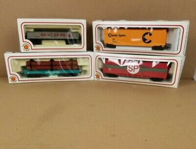$ CDN50.56 • Buy Lot Of 4 Bachmann HO Scale Electric Train Set Cars In Boxes