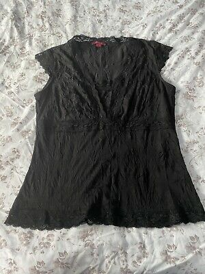 Beautiful Monsoon Lace Edge Black Top Size 16 With Creased Material • 2.50£