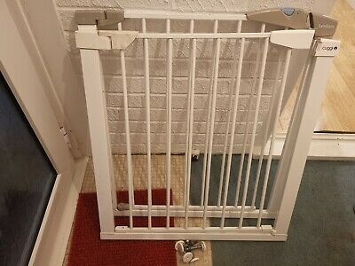 £15 • Buy Lindam Easy Fit Plus Safety Gate