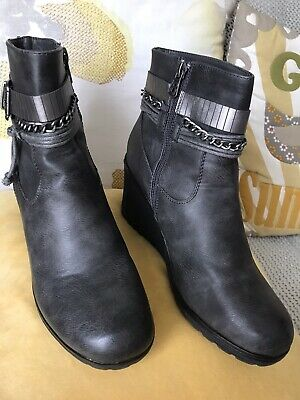 💙Lovely Boots/shoes Grey Womens Uk 41 Wedge  Pavers Worn Once • 35£